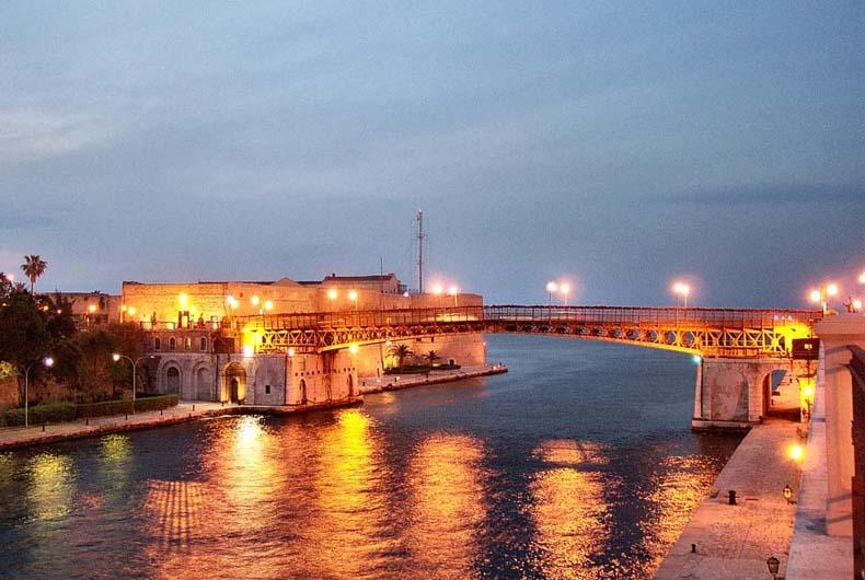 Ponte girevole ? Taranto